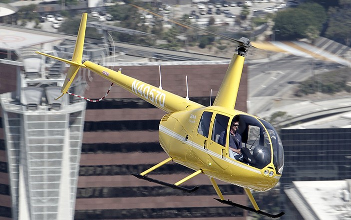 Sprzedaż helikopterów Robinson R 44