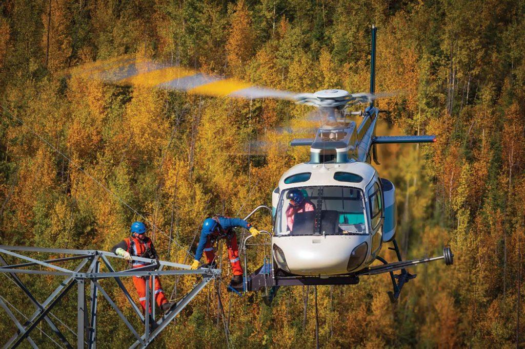 Obsługa sieci elektroenergetycznych z helikoptera